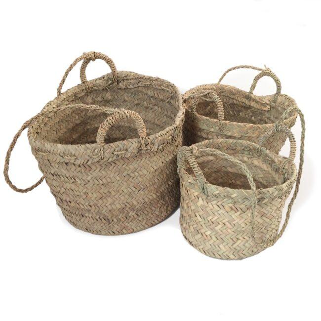 Hanging woven Basket