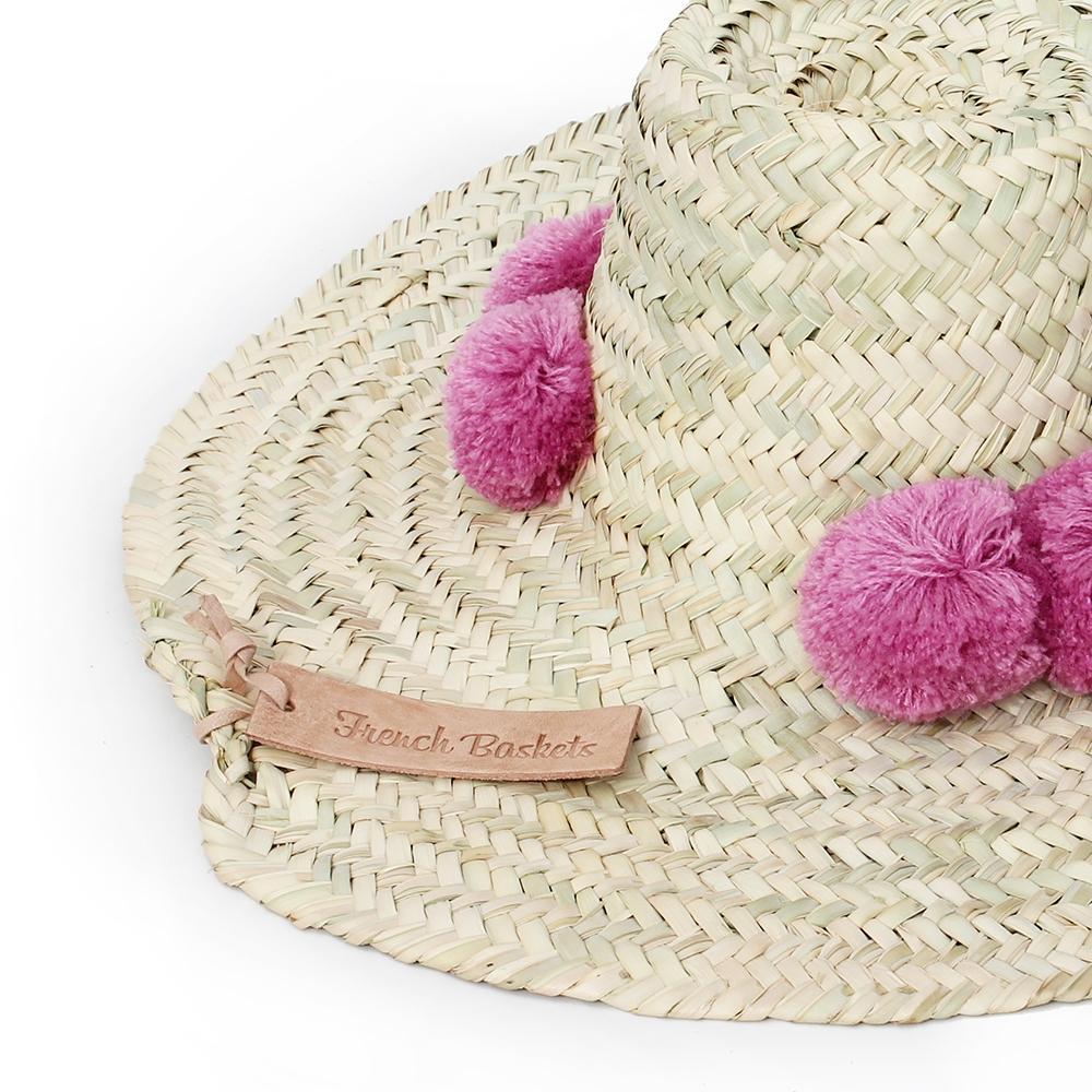 Straw Hats pompom raspberry