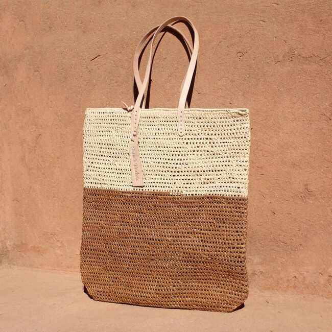 Tote bag made of raffia straw Natural and brun color