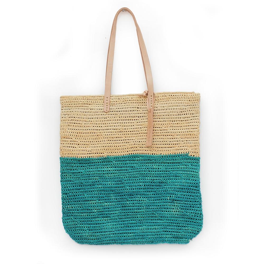 Tote bag made of raffia straw Natural and lagoon color