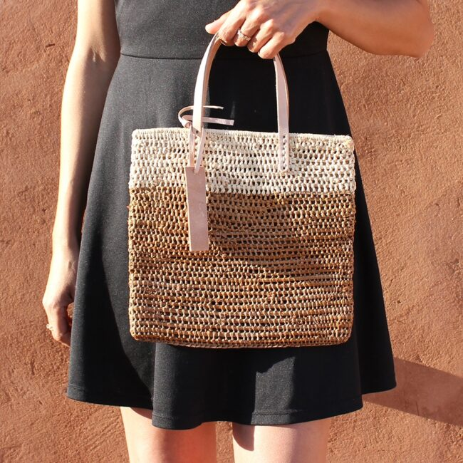 Medium Tote bag made of raffia straw Natural and brun color