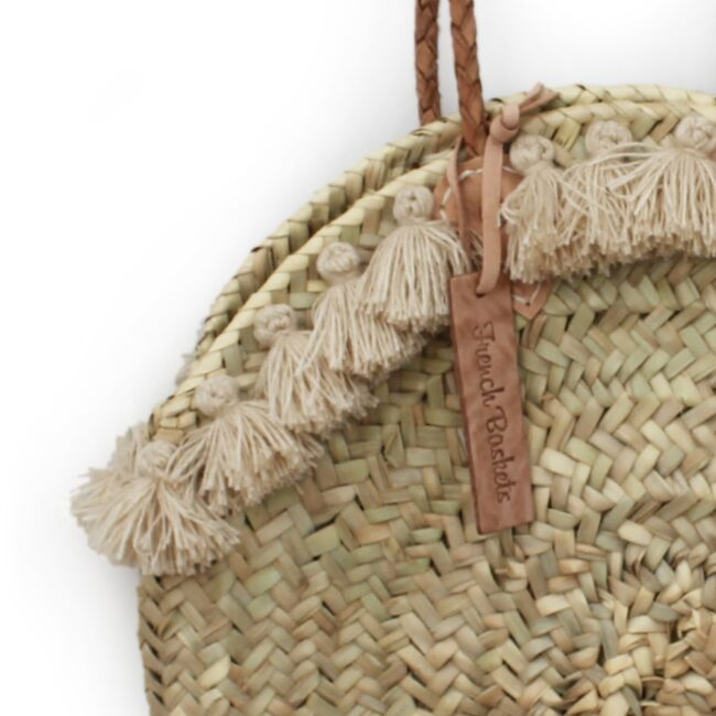 Round wicker basket long leather handle Pom pom beige