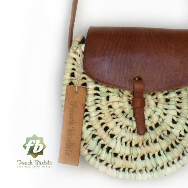 Crossbody Round straw bag Handmade wicker bag brown natural Closure